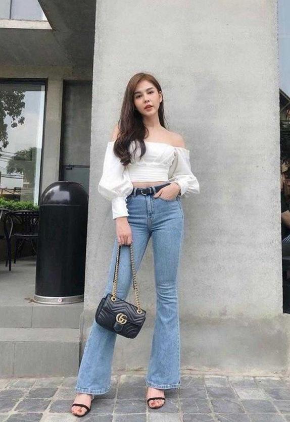 Croptop với quần jeans